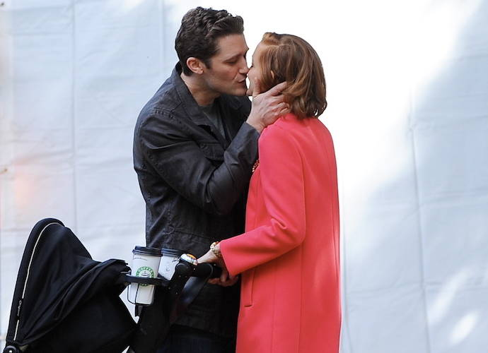 Matthew Morrison And Jayma Mays Film 'Glee'