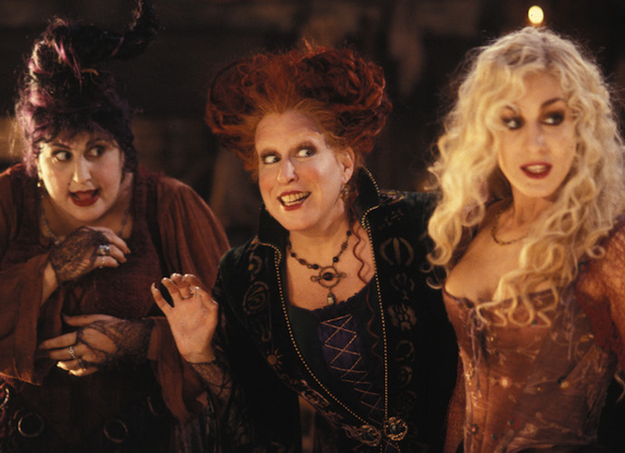 Bette Midler On Board For 'Hocus Pocus' Sequel