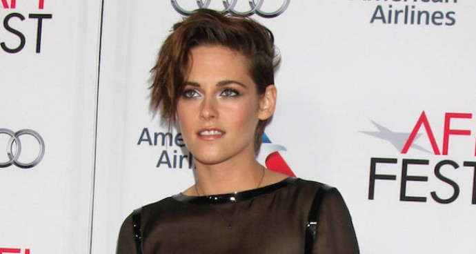 LOOK OF THE DAY: Kristen Stewart Rocks Chanel For 'Still Alice' Screening
