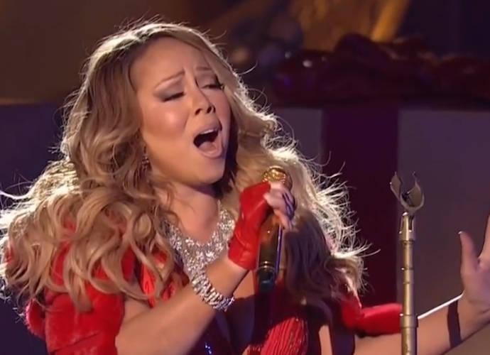 "Mariah Carey's Live ""Christmas In Rockefeller"" Performance Gets Backlash"