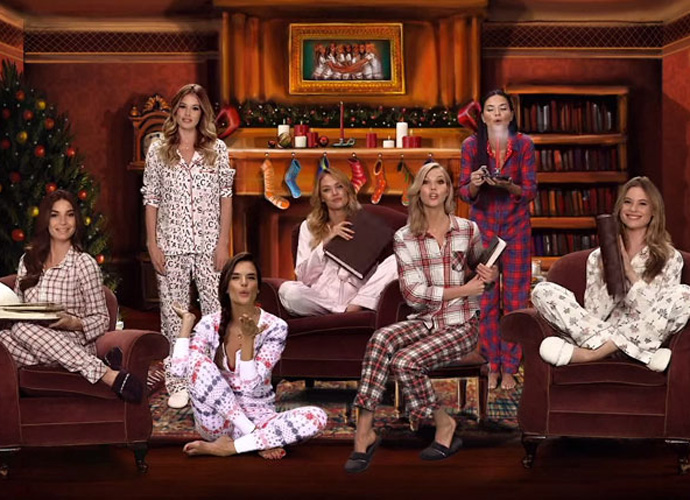 Victoria's Secret Angels Redefine 'Twas The Night Before Christmas'