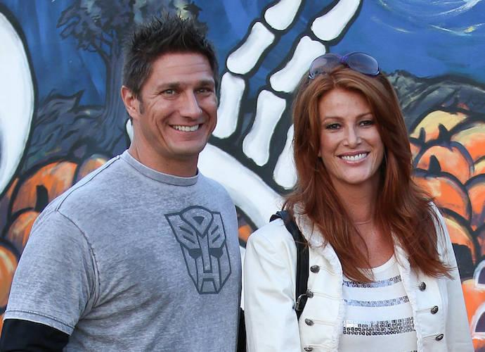 Angie Everhart Weds Carl Ferro