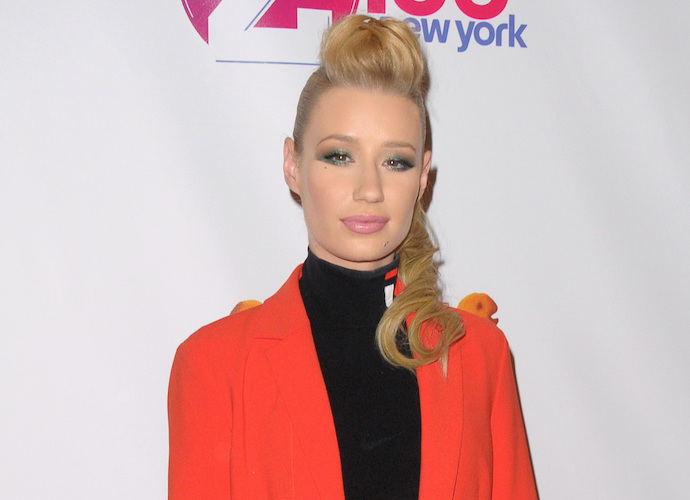 Iggy Azalea Confronts Sex Change Rumors With Humor