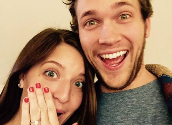 Phillip Phillips  Engaged To Girlfriend Hannah Blackwell