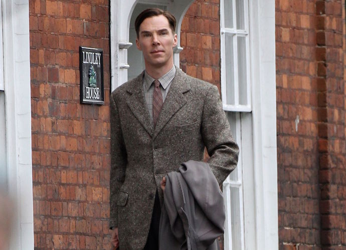 'The Imitation Game' Review: Benedict Cumberbatch Makes Biopic A Must-See