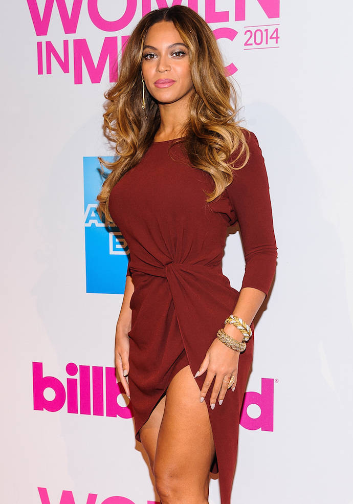 Beyoncé Shows Some Leg At Billboard's Women In Music Event