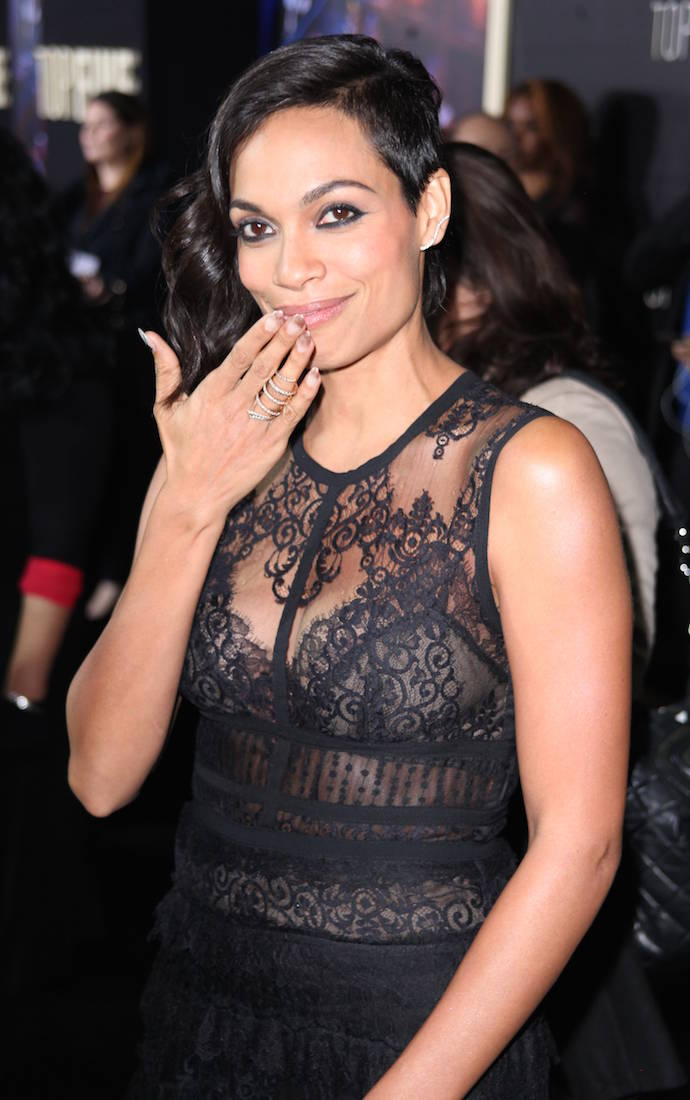 Rosario Dawson Stunned In Black Lace Number At 'Top Five ... Rosario Dawson