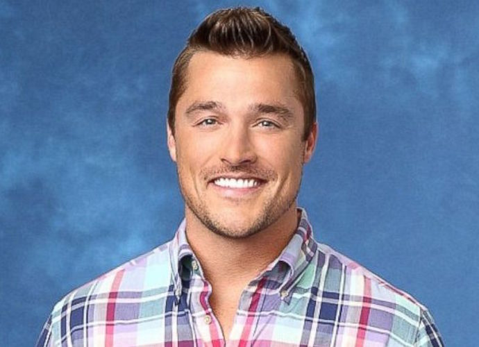 Chris Soules Charged After Leaving Scene Of Deadly Car Crash