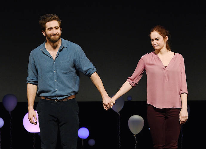 Who is jake gyllenhaal dating in Melbourne