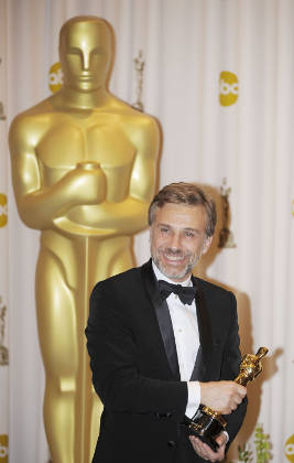 Christoph Waltz with his Oscar at the 2010 Academy Awards