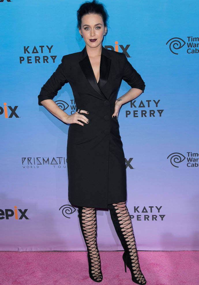 Katy Perry Rocked A Tuxedo Inspired Dress At 39 The Prismatic World Tour 39 Premiere Uinterview