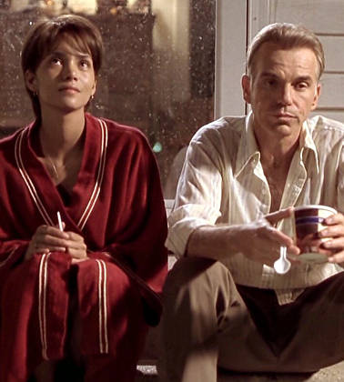 Billy Bob Thornton and Halle Berry in 'Monster's Ball'