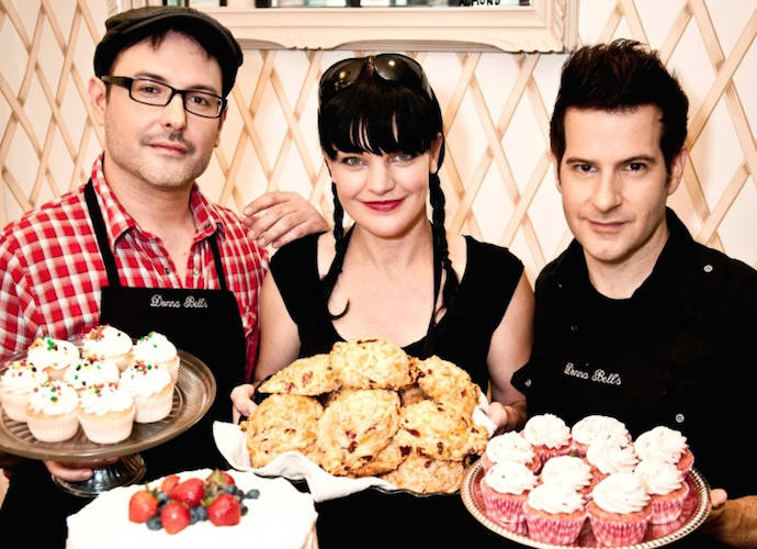 competitive price 77e5f 97a67 Pauley Perrette Honors Her Mother With New Donna Bell's Bake ...