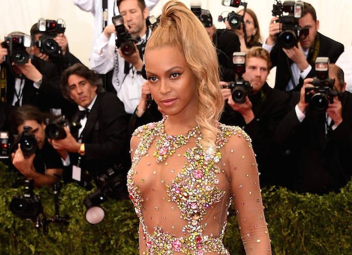 2017 BET Awards Results & Recap: Beyonce & Bruno Mars Take Top Vocal Prizes