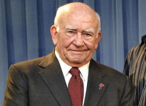 Ed Asner in 2015 (Image: Getty)