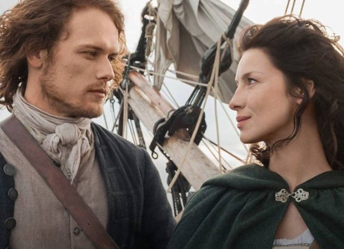 'Outlander' Season 3 Premiere Recap: Claire Unhappy In 1940s, While Jamie Survives Battle