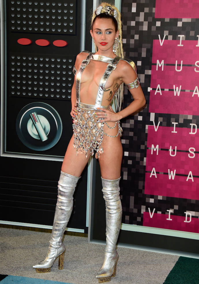Miley Cyrus Hosts The 2015 MTV Video Music Awards