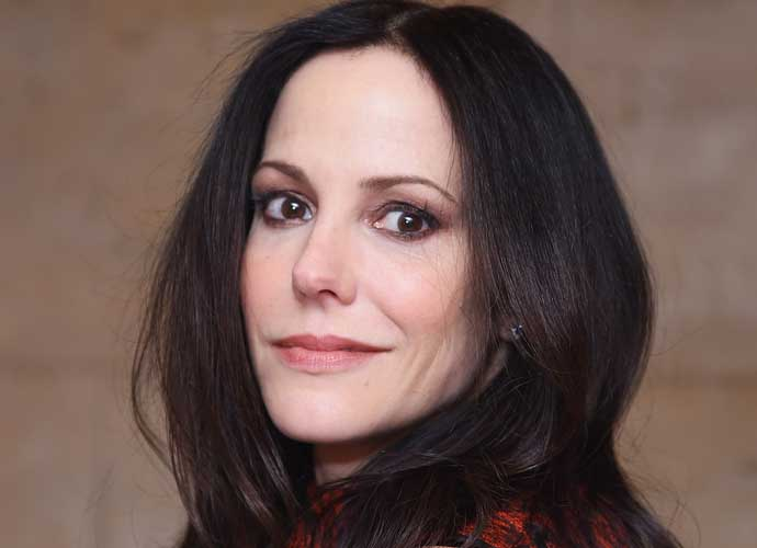 mary louise parker couch