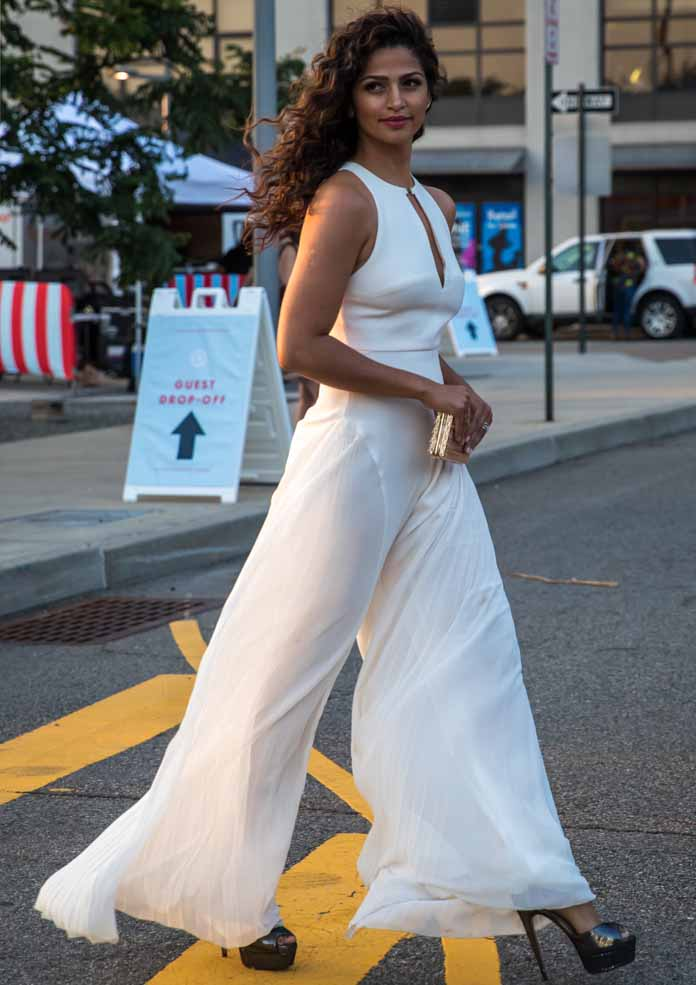 Get The Look Camila Alves Sweet And Sultry In White