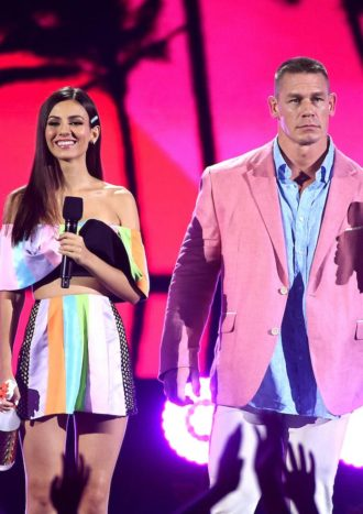 2016 Teen Choice Awards Slideshow