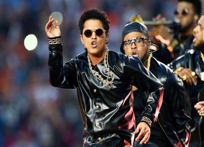 """Bruno Mars Settles One Lawsuit Over """"Uptown Funk"""" With Band Collage"""