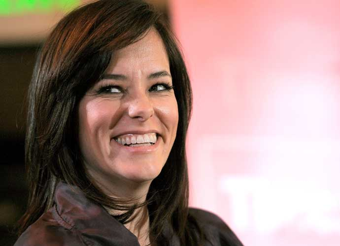 Parker Posey To Play Dr Smith In Netflix S Lost In Space Remake