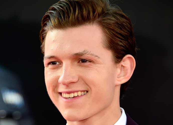 Tom Holland Rumored To Play Link In 'Legend Of Zelda' Series
