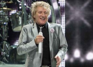 NEWARK, NJ - DECEMBER 07: Rod Stewart performs at Prudential Center on December 7, 2013 in Newark, New Jersey.
