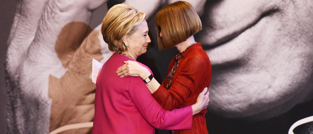 Hillary Clinton Hugs Anna Wintour At Oscar De La Renta Forever Stamp Debut