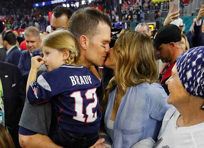 Tom Brady Throws Football To Opponent Drew Brees' Sons After Game
