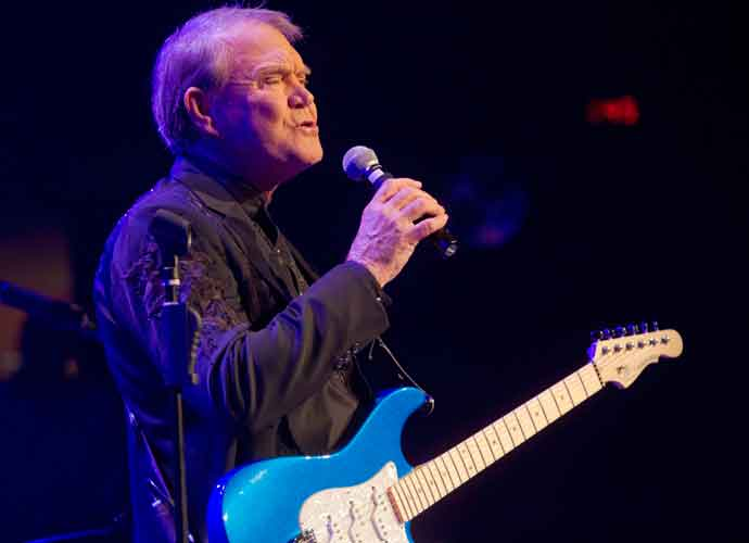 Glen Campbell Can't Play Guitar Anymore Because Of Alzheimer's Disease