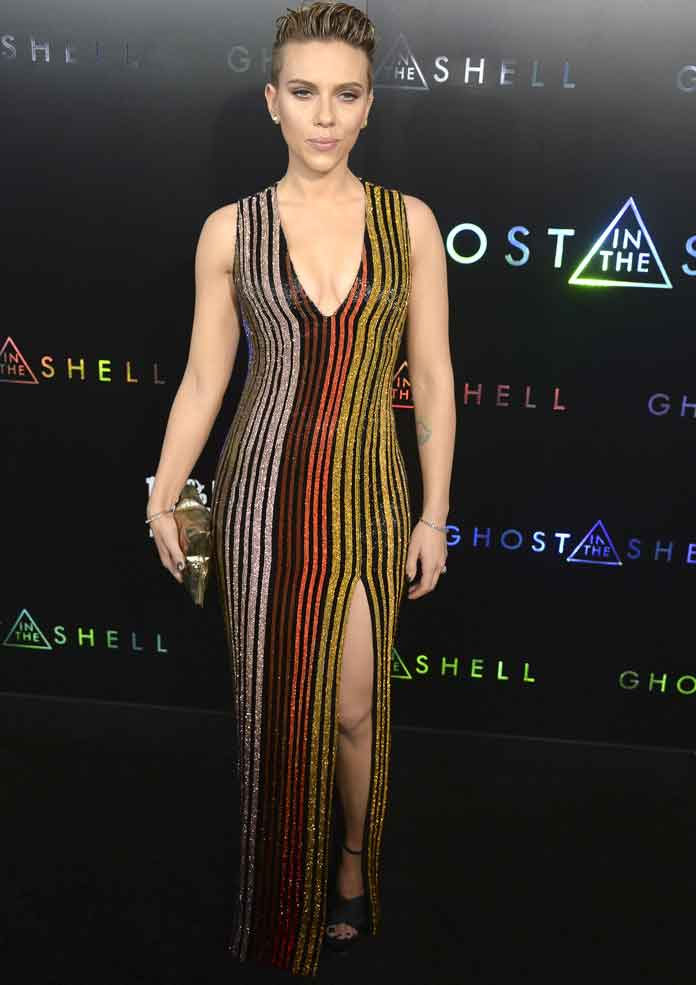 Scarlett Johansson Sparkles In Balmain At Ghost In The Shell Premiere Uinterview