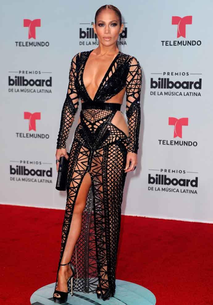 Jennifer Lopez Skips Underwear With Julien Macdonald Cutout Dress At ...