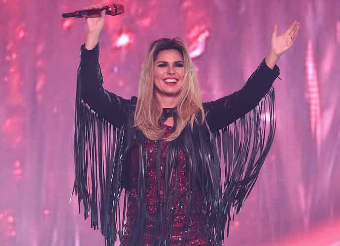 Shania Twain Guest Judges On 'The Voice,' Announces New Album