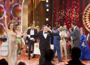 'The Gong Show' Premiere Recap: 1970's Show Returns With Mike Myers As 'Tommy Maitland'