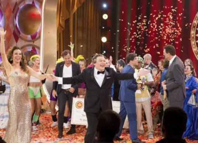 'The Gong Show' Season 1, Episode 4 Recap: 'Hot Dog' Songs, Unicycling Basketball Players, A Daring Limbo Queen