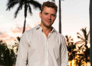 WAILEA, HI - JUNE 13: Ryan Phillippe attends the 2013 Maui Film Festival At Wailea on June 13, 2013 in Wailea, Hawaii. (Photo by Christopher Polk/Getty Images for Maui Film Festival)