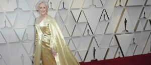 Oscars 2019: Glenn Close Shimmers In Golden Caped Gown With 4 Million Beads (Image: Getty)