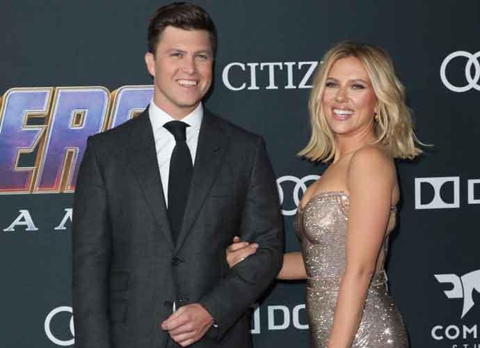 Scarlett Johansson Colin Jost Kiss On Avengers Endgame Premiere Uinterview