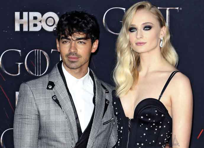 Sophie Turner & Joe Jonas Are Expecting Their 1st Child