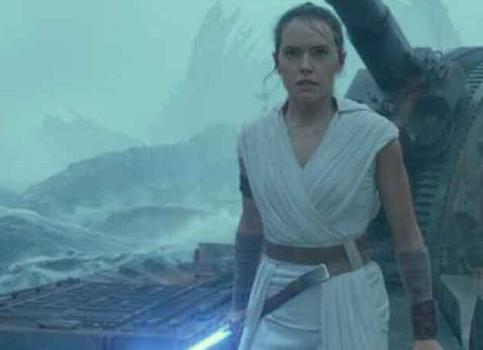 'Star Wars: The Rise of Skywalker' Movie Review Roundup: Epic Sequel Gets Mixed Notices