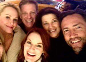 Cast of 'Melrose Place' to reunite