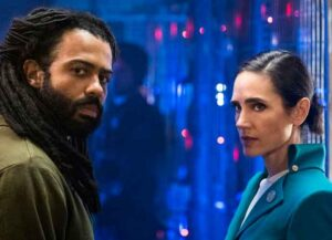 Daveed Diggs & Jennifer Connelly in TNT's 'Snowpiecer'