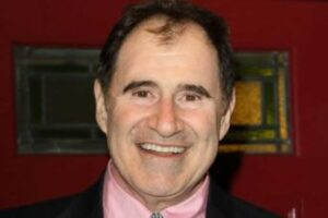 VIDEO EXCLUSIVE: Richard Kind Reveals How He's Surviving Coronavirus Lockdown With 'Burpees'!