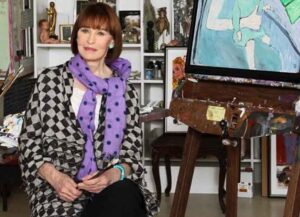Anderson Cooper Remembers His Mother Gloria Vanderbilt On 1-Year Anniversary Of Her Death