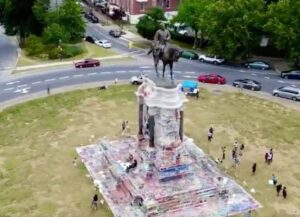 Gay Pride Flag & Black Lives Matter Symbol Projected On Robert E. Lee Statue In Richmond