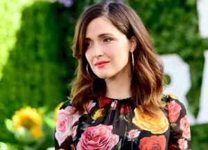 VIDEO EXCLUSIVE: Rose Byrne Reveals Why She Licked Steve Carell's Face On 'Irresistible' Set