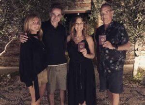 Tom Hanks & Wife Rita Wilson Become Official Greek Citizens