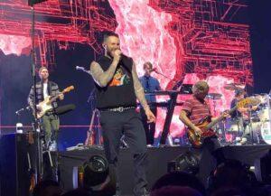 Maroon 5 performing in Sydney in 2019