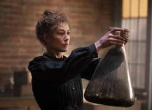 Rosamund PIke as Marie Curie in 'Radioactive